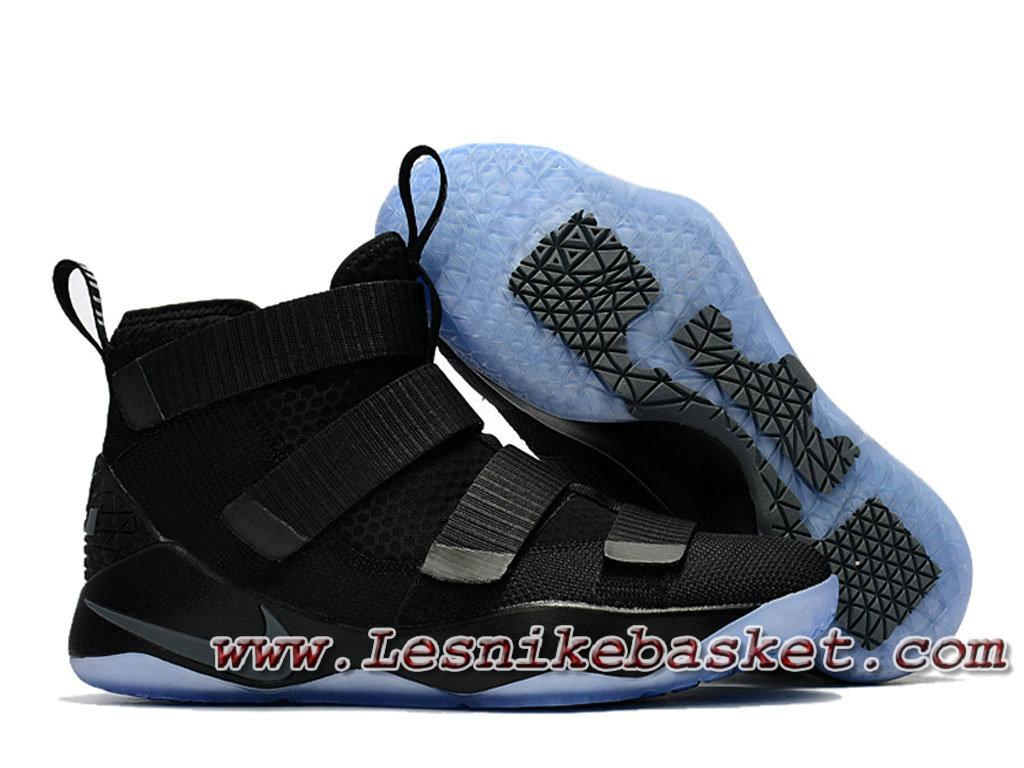 c189d57de04e2 ... Nike LeBron Soldier 11 Noires Noires Chaussures Nike Officiel Prix Pour  Homme noires ...